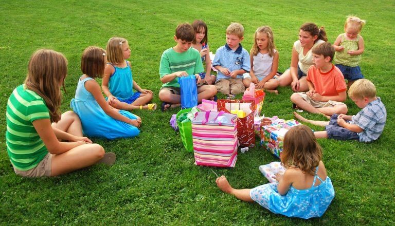 Ce tendinte ne aduce anul 2020 in materie de petreceri pentru copii? Afla cum poti organiza petreceri aniversare in siguranta!