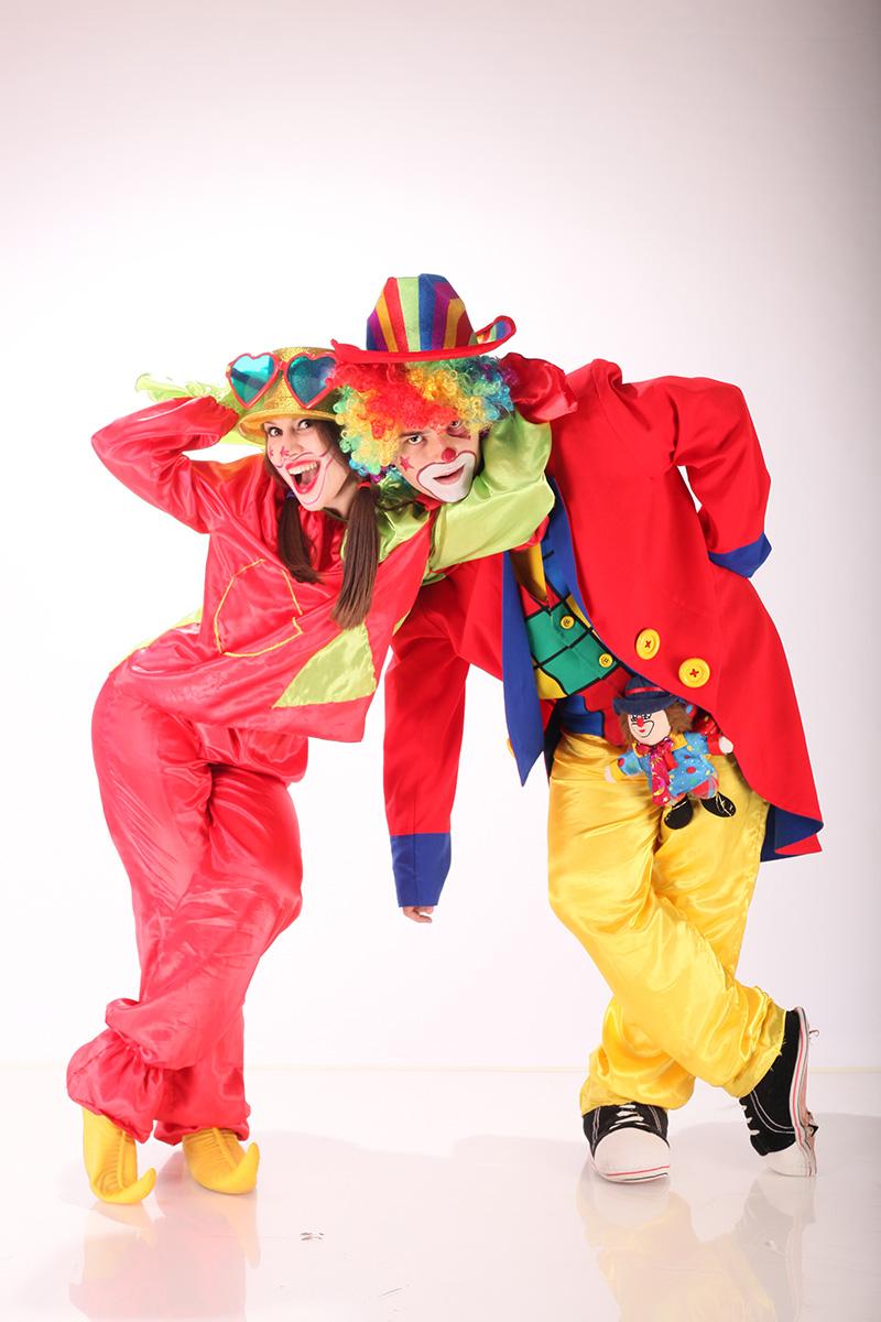 Cuplu clowni